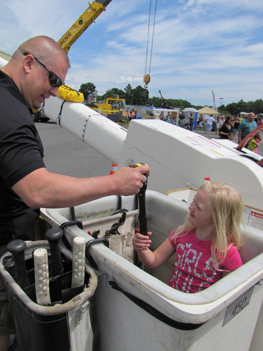 United Way of the Dutchess-Orange Region Touch-A-Truck